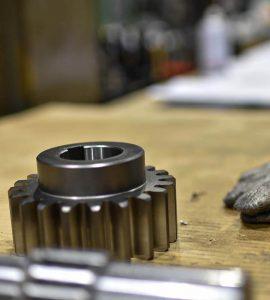 大阪府大東市の金属金型部品製作の日本プレス金型は金型設計や少量多品種の加工の部品加工への取り組み