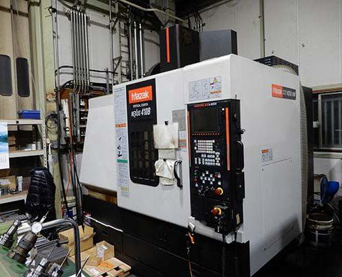 大阪府大東市の金属金型部品製作の日本プレス金型は金型設計や少量多品種の加工の日本プレス金型の保有設備情報のマシニングセンターのマザックのネクサス410B