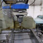 大阪府大東市の金属金型部品製作の日本プレス金型は金型設計や少量多品種の加工の日本プレス金型の保有設備情報の治具研削盤のワイダのJBM-40